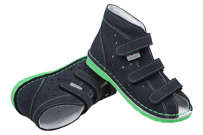 Kapcie profilaktyczne buty DANIELKI TX105 TX115 Granat Zielony