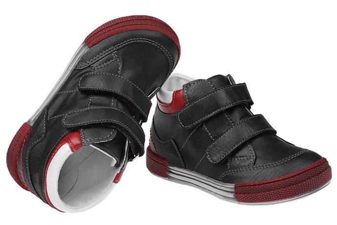 Trzewiki nieocieplane buty KORNECKI 4666 Czarne